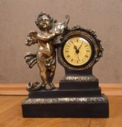 Antique Effect Rococo Table Mantle Clock Marie Antoinette Angel Figurine